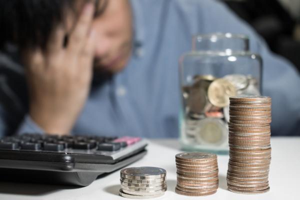 Долги по кредитам